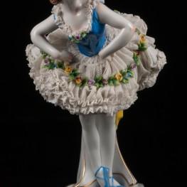 Балерина в пачке с голубым лифом, кружевная, Volkstedt, Германия, 1915-36 гг