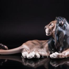 Лежащий лев, Dahl Jensen, Дания