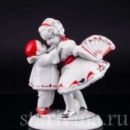 Девочка с веером и маленький пьеро, Hertwig & Co, Katzhutte, Германия, пер. пол. 20 в
