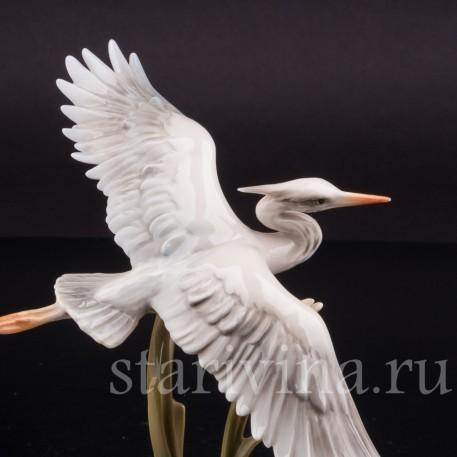 Статуэтка птицы из фарфора Летящая цапля, Alka Kaiser, Германия, до 1991 года.